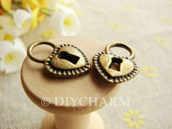 Antique Bronze Heart Lock Charms 12x17mm - 20Pcs - DC23298
