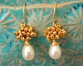 Elegant glossy pearls  earrings. BRIDAL JEWELRY. Gold...White...Boho chic.