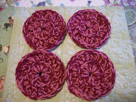 Set of 4 Crochet Coasters Burgundy and Dusty Pink