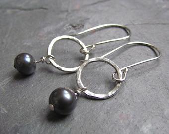 Pearl Earrings - Sterling Silver - Hammered Pearl Earrings - Earrings - Pearl - Black - Peacock - Pam Hurst - Jewelry - Drop Earrings