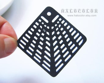 Painting Series - 60x60mm Pretty Black Web Wooden Charm/Pendant MH118 01