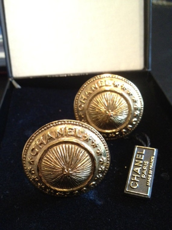 CHANEL EARRINGS - Authentic - Original Box & Tag - 1990 Gold Motif
