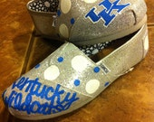 Custom College TOMS