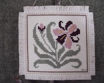 Wall Hanging Cross Stitch FLOWER - IRIS
