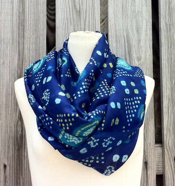 Infinity Scarf Beautiful Upcycled VINTAGE Silk Sari Circle Scarf in Brilliant Deep Blue with Turquoise Ocean
