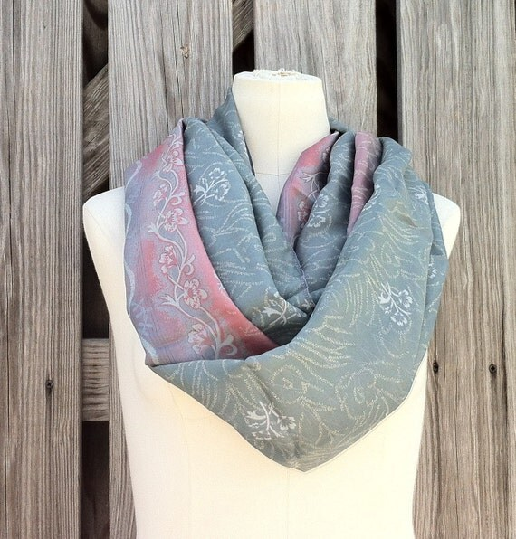 Infinity Scarf Beautiful Upcycled VINTAGE Silk Sari Circle Scarf in Gray Grey Pink