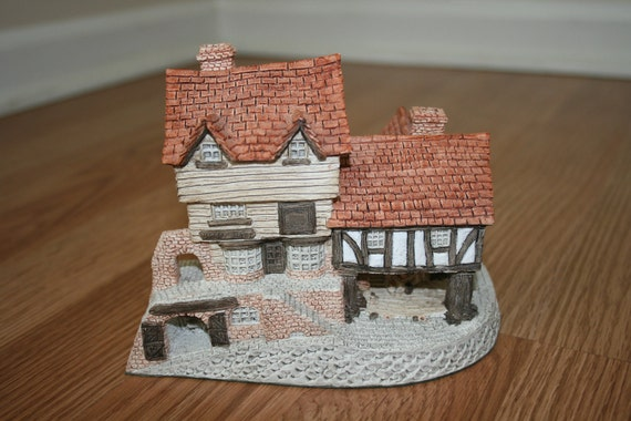 SALE Vintage David Winter Market Street Cottage 1980 Made in Great Britain England English
