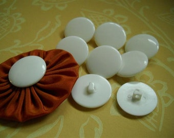 20pcs- white plastic shank buttons-23mm
