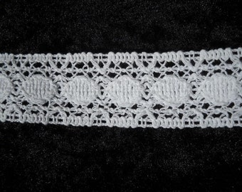 Vintage white Crochet trim-3 yards- 36mm  wide