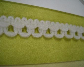 3 yards- vintage lace trim - natural color- 13mm wide