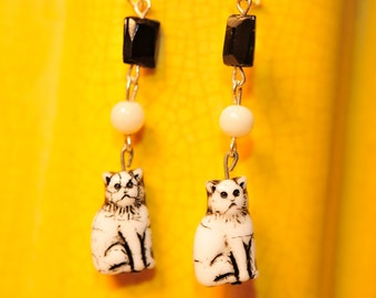 Handmade Vintage Olive and Frida Cat Earrings