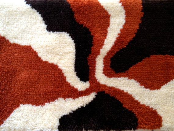 Vintage MOD 60s 70s Shag Rug Wall Hanging Decor Hooked Rya Browns Beige Rust