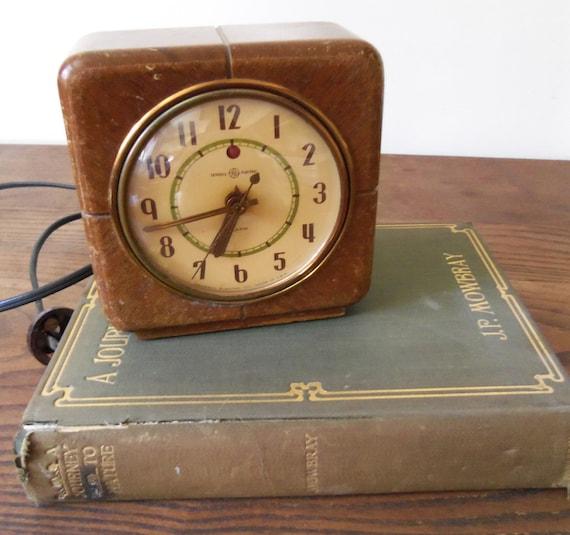 Antique Clock General Electric