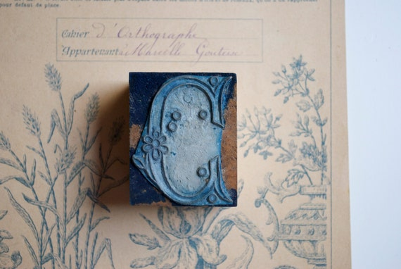 Vintage french rubber stamp for embroidery  - Monogram C
