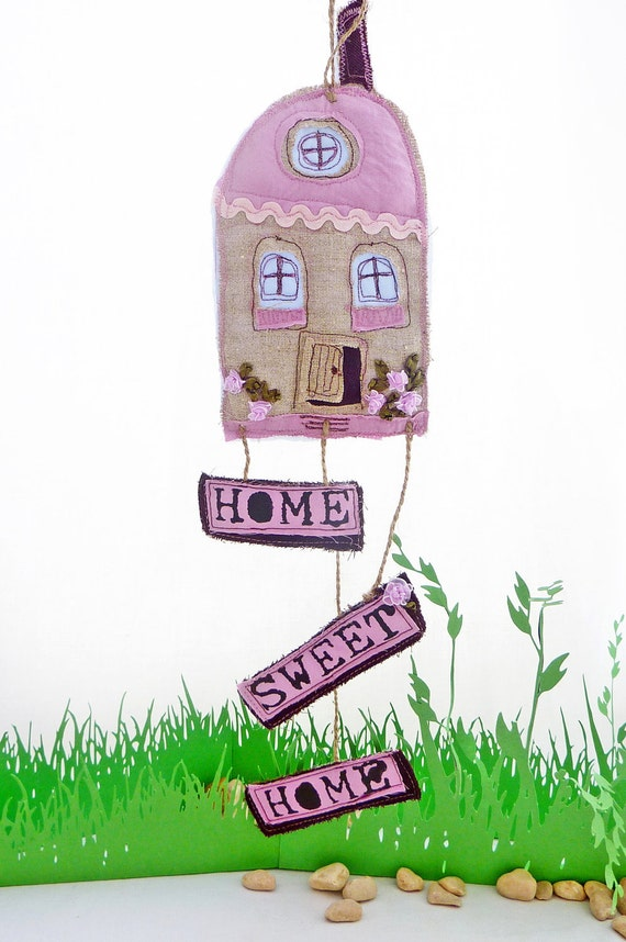 HOME SWEET HOME limited edition of little appliquéd fabric houses -Marshmallow Home