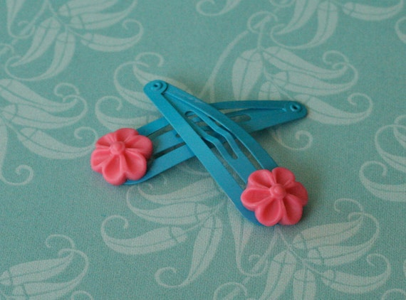 50% OFF SALE Pink Daisy Barrettes -- Sky Blue