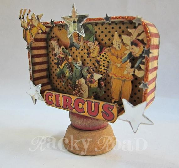 Clown Circus Altered Altoid Tin Decoration With Stars