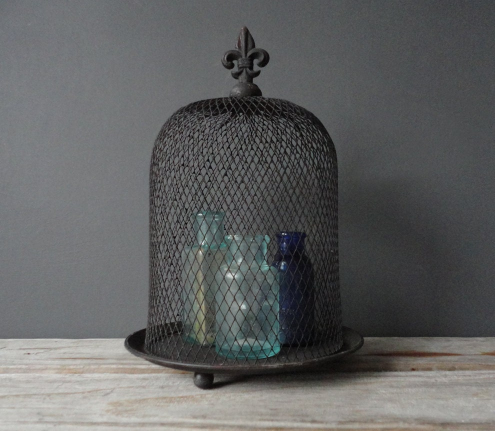Wire Mesh Display Dome