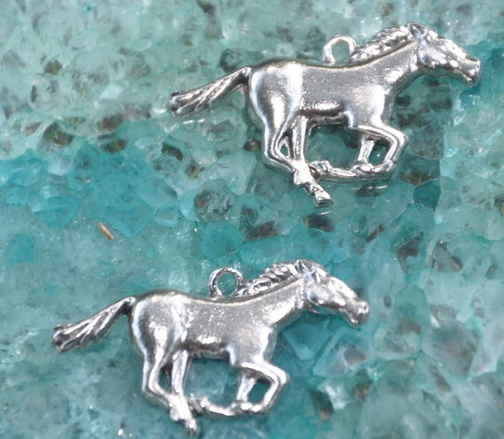 Set of 2 Mustang HorseCharms