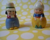 Cute Vintage salt and pepper shakers