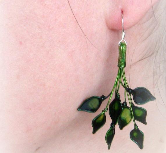 Ivy Earrings - little unique leaves in green