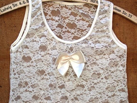 Vintage Romantic Cream Bow Lace Tank
