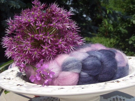 SALE - Merino superwash wool, top (roving) - hand dyed, for spinning