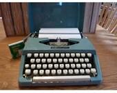 Vintage Portable Manual Typewriter,Majestic 400 Brother Industries