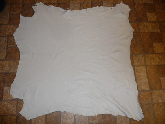 """Off white Cabretta Lambskin Dyeable Leather Hide 35""""x35"""" 10.5 sq ft 1.5oz/.6 mm"""