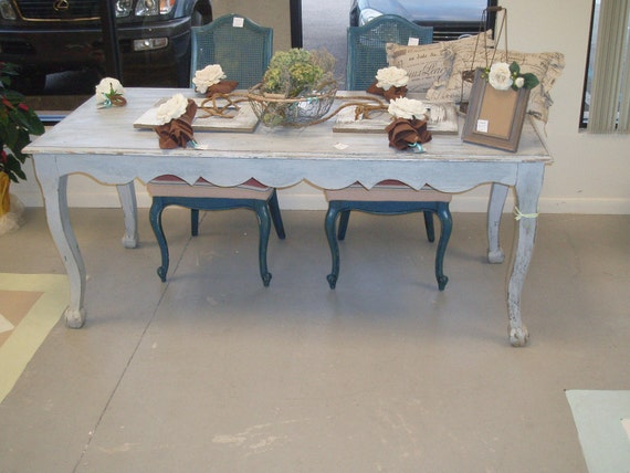 Shabby Chic Breakfast Table: Shabby Chic Dining Table FREE SHIPPING