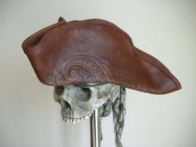 Coolest Hat Ever >> Real Leather Pirate Tricorn Hat