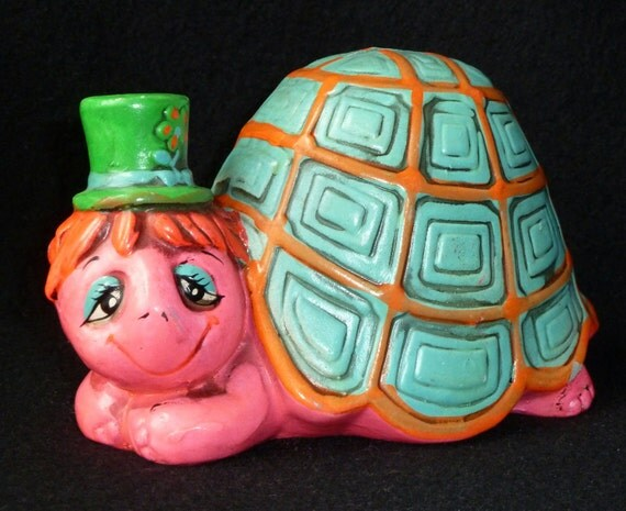 Vtg Chalkware Bank 1969 Holiday Fair Psychedelic Hippie Boho Turtle Wearing Hat