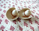 Cowgirl Hat Earrings - Beige Leather Hats with Copper Hat Bands