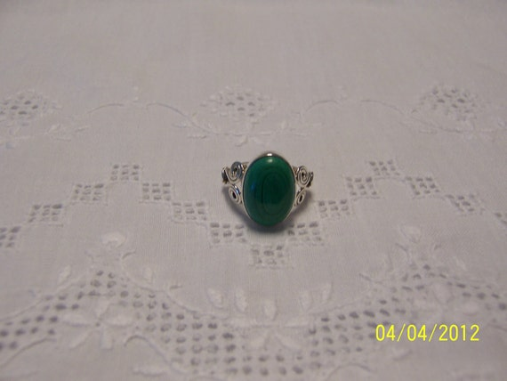 REDUCED. Vintage Malachite Ring. Sterling Silver.