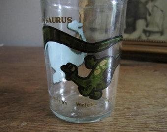 Brontosaurus Welchs collectible drinking glass.