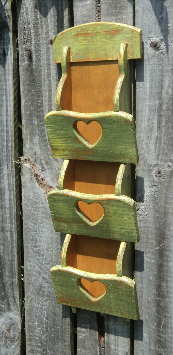 Primitive Wooden Heart Letter Holder, Office Storage, Chippy Yellow And Olive, Up Cycled