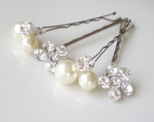 Jeweled  Bridal Hair Jewelry ...  Extra Large Vogue Pearls and Rhinestone Flower