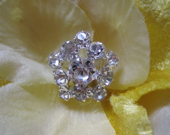 5 Sparkling Crystal Rhinestone Flower Buttons, Size 22mm