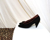 SALE SWIV 1980s Bally Suede Bow Front Black Court Heels UK 3.5