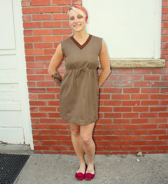 70s stretchy brown sporty tennis dress. Size small