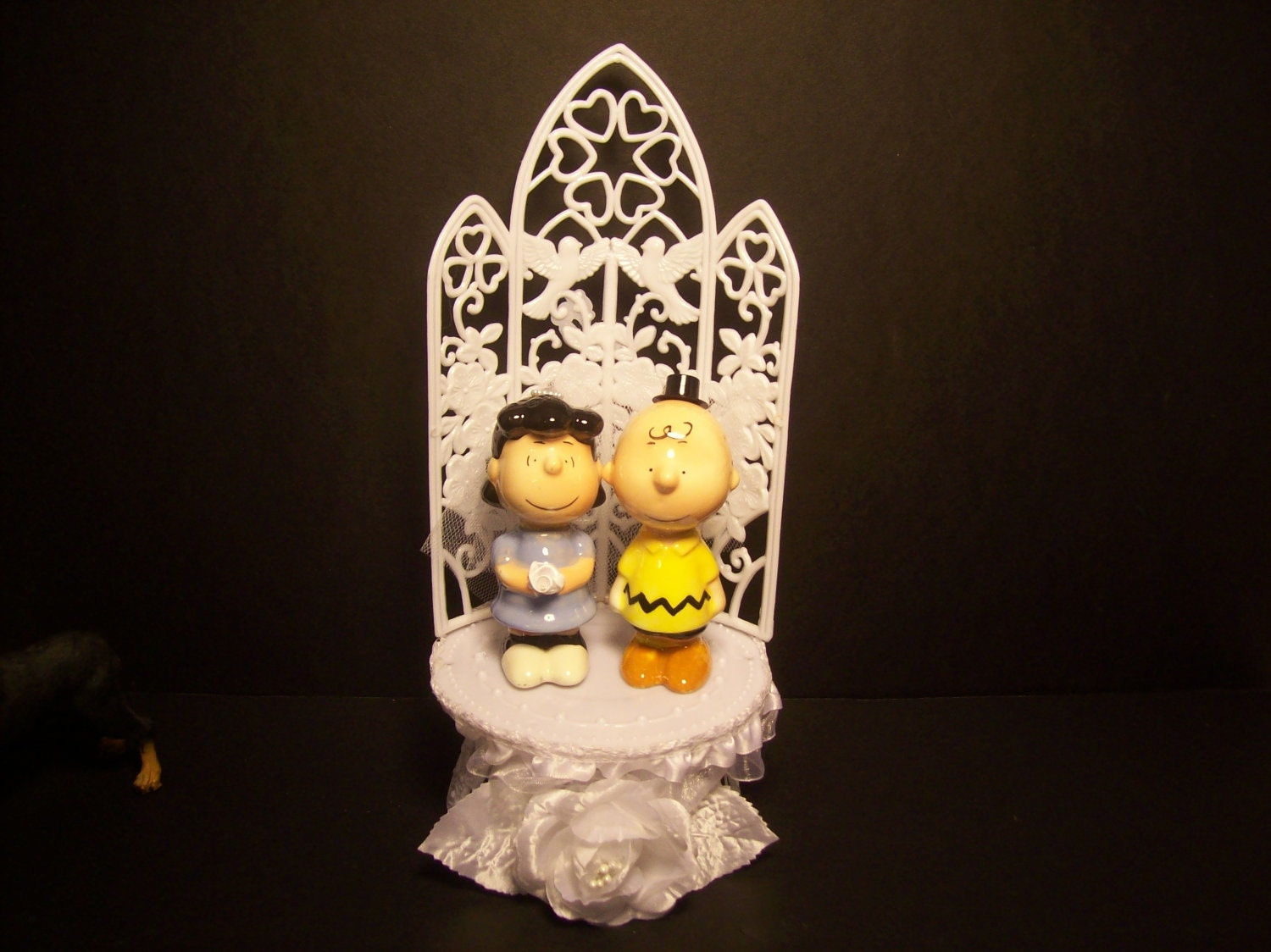 charlie brown wedding cake topper brown amp and groom wedding cake topper 12505