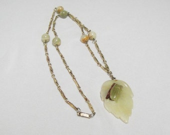 Vintage Hobe Necklace - Asian Style - Jade - Goldplated