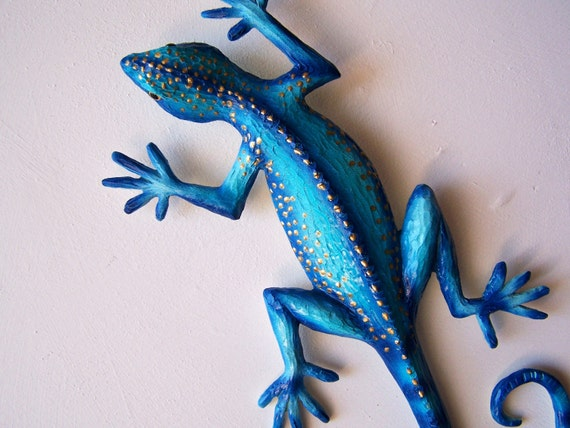 Blue Gecko sculpture wall decor