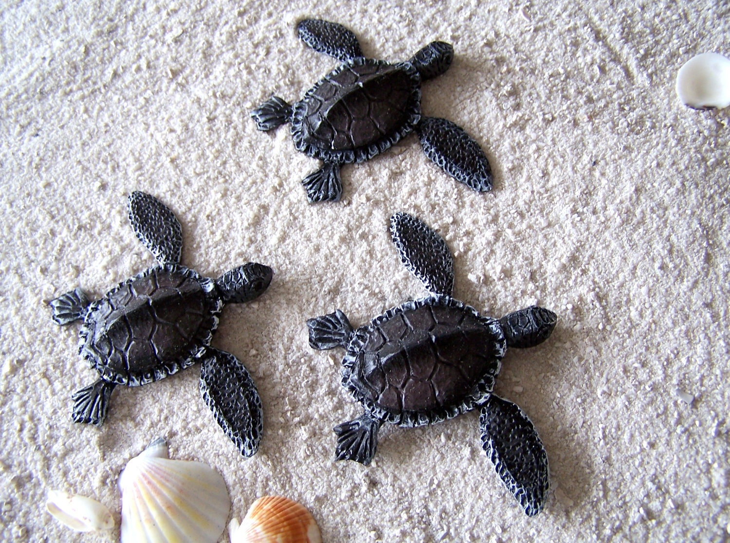 Sea Turtle Art Sculpture Turtle Hatchlings Wall Decor: turtle decorations for home