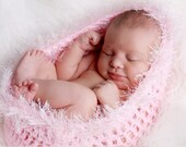 Gorgeous Pink  Baby Girl Pod Cocoon with Eyelash/Textured Trim
