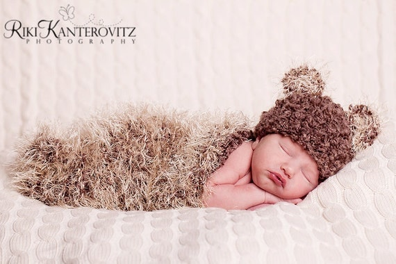 Soft & Fuzzy Newborn Baby Cocoon and Bear Hat - Great Texture SPECIAL FREE SHIPPING