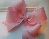 PRETTY IN PINK  Classic Boutique Style Hair Bow Clip - 1-1/2 Grosgrain Ribbon