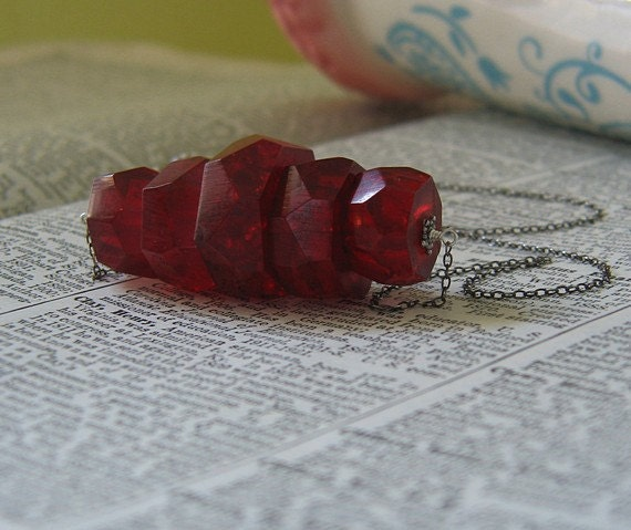 Deep Red Faceted Chunky Lucite Pendant Necklace