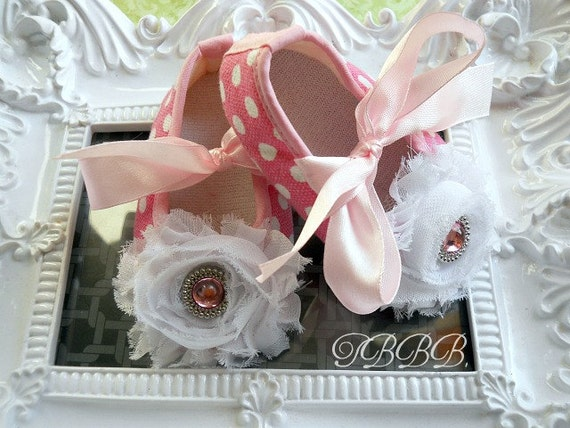 Baby Girl Pink and white polka dots with white rosette shoes, Crib Shoes ,Baby booties,Girl shoes.