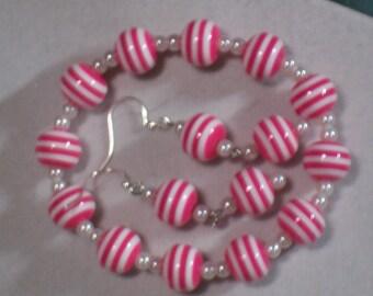Pink & White Stretch Bracelet